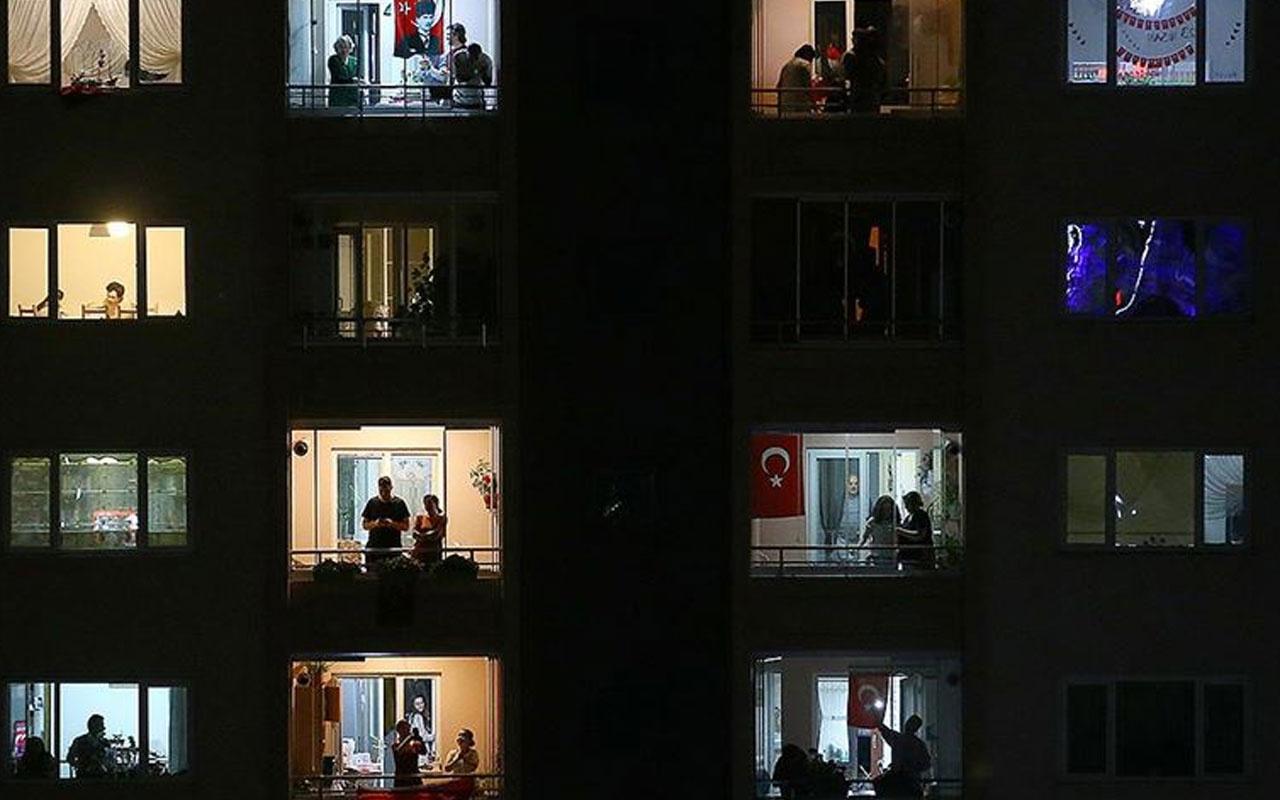 Tüm Türkiye 81 ilde tek yürek olup İstiklal Marşı'nı okudu