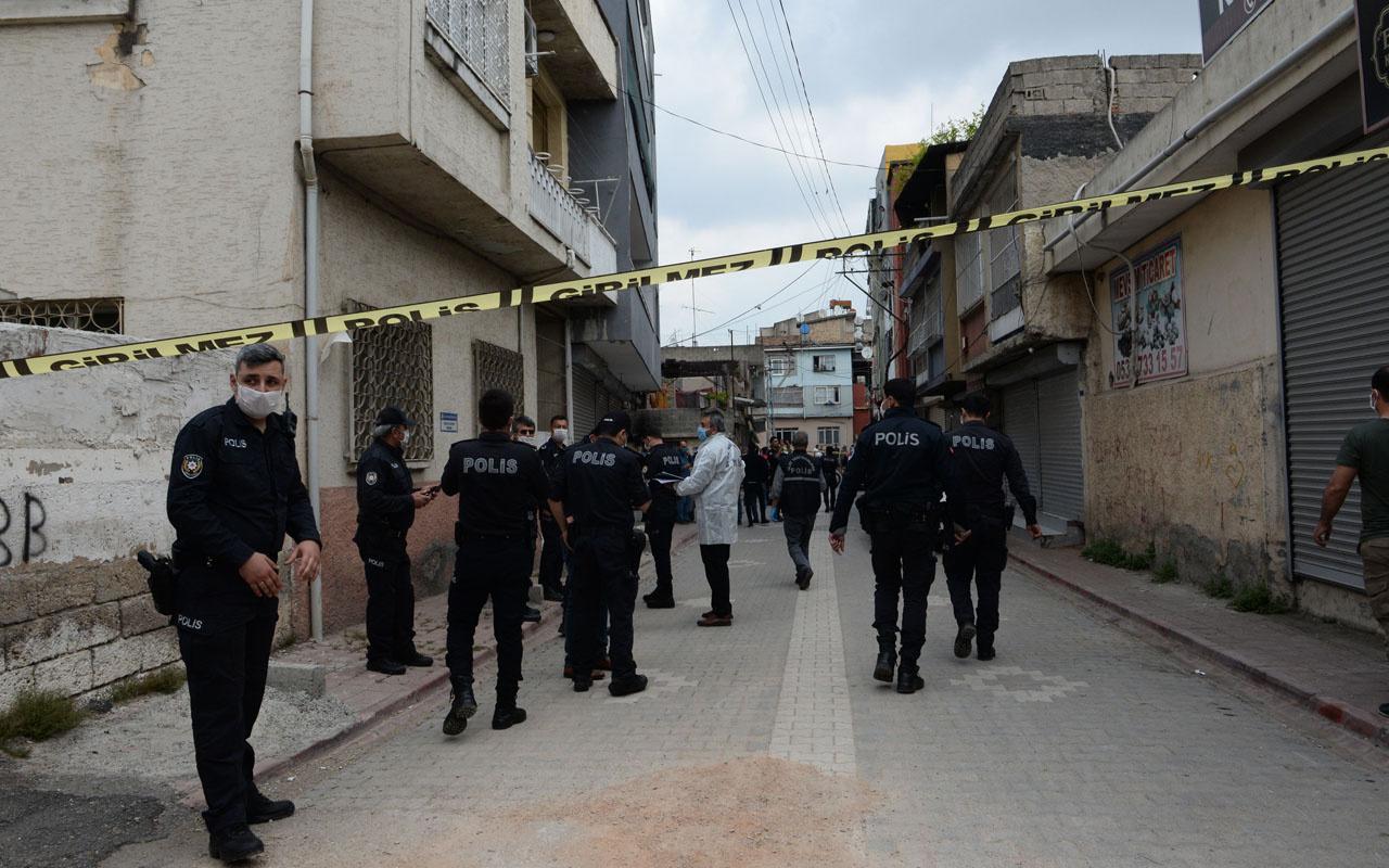 Adana'da 'Dur' ihtarına uymayıp kaçınca polise başka çare bırakmadı