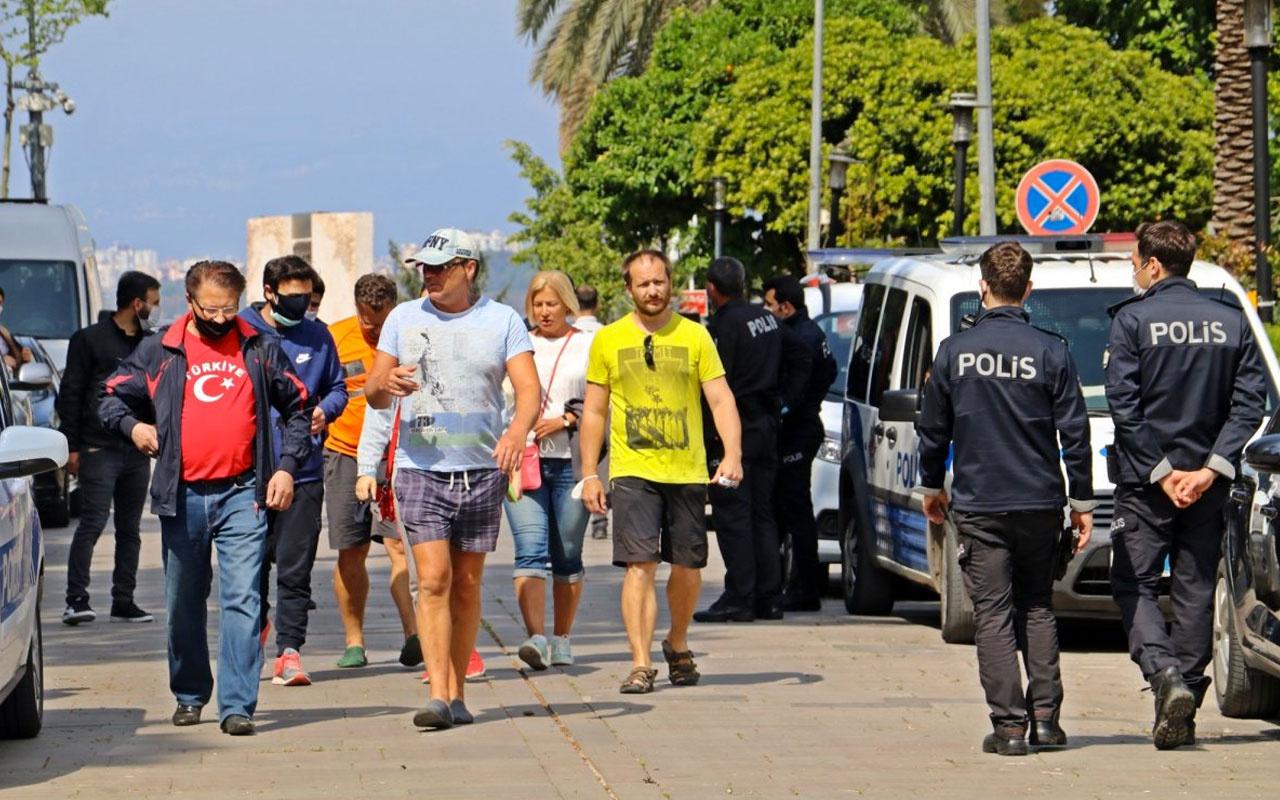 Antalya'ya tatil için gelen Ruslar parasız kaldı