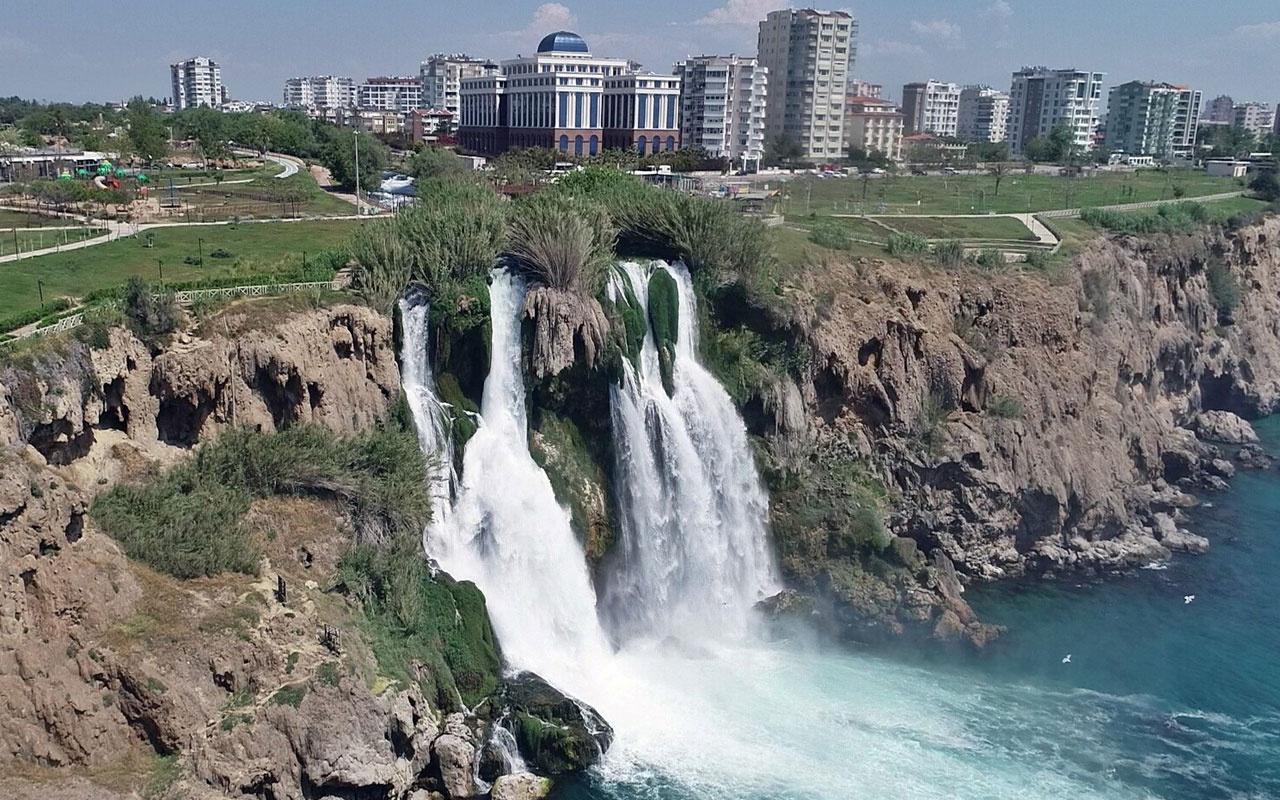 Koronavirüs sonrası Türkiye'deki dünyaca ünlü şelale kendini yeniledi