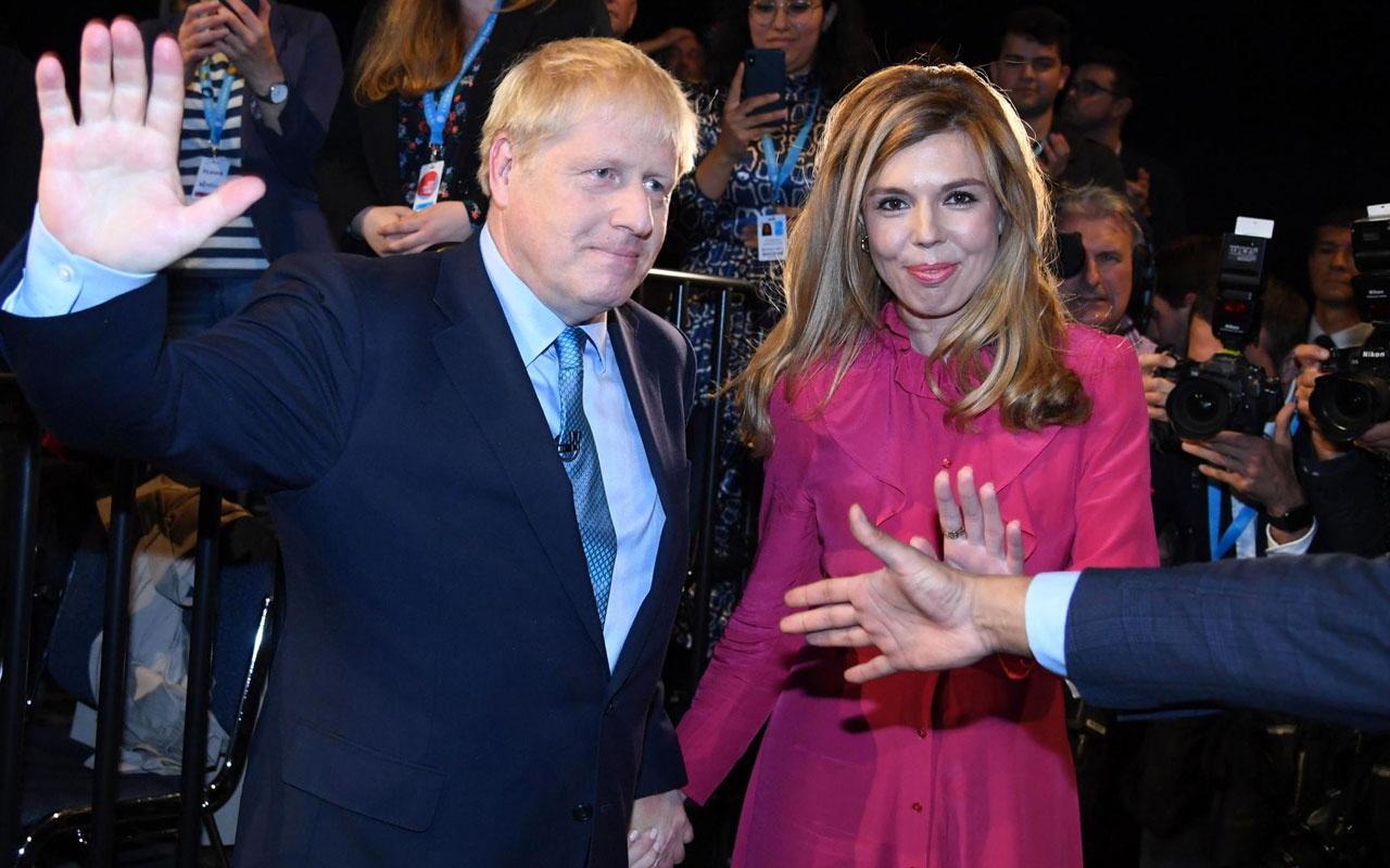 Boris Johnson ve Carrie Symonds'un bebeğinin ismi belli oldu