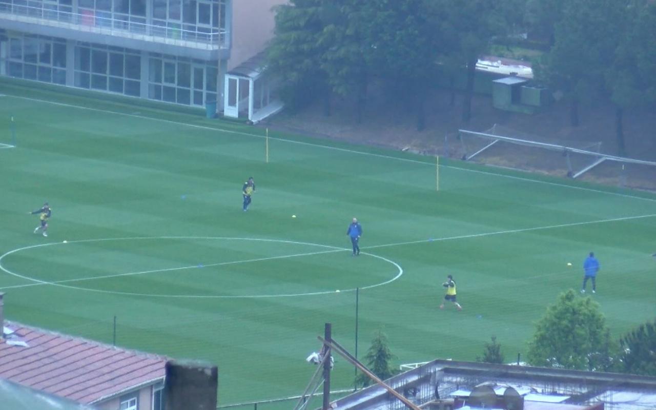 Fenerbahçe'de saha çalışmaları başladı