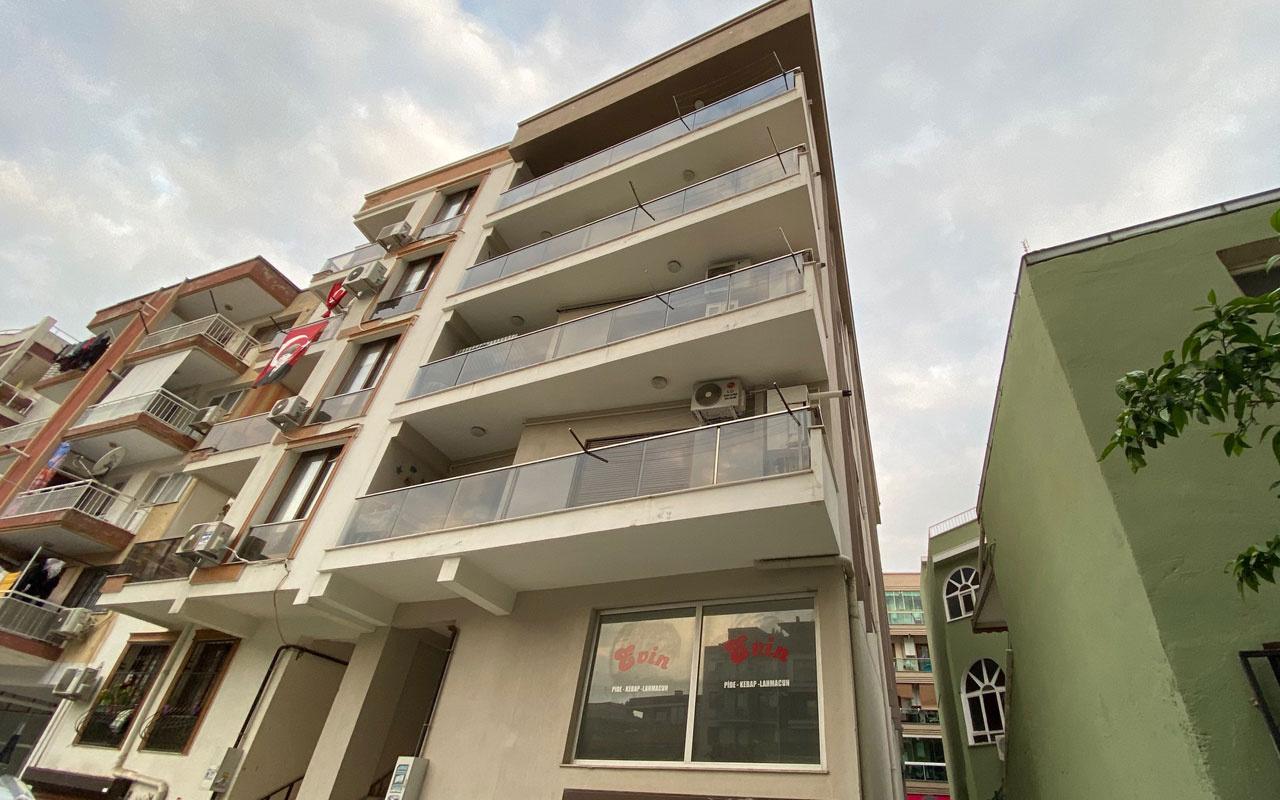 İzmir'de şüpheli ölüm! Evinde fenalaşıp yaşamını yitirdi