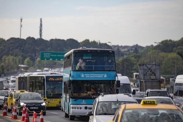 2 günlük sokağa çıkma yasağı bitti sokaklar doldu taştı trafik yoğunluğu arttı