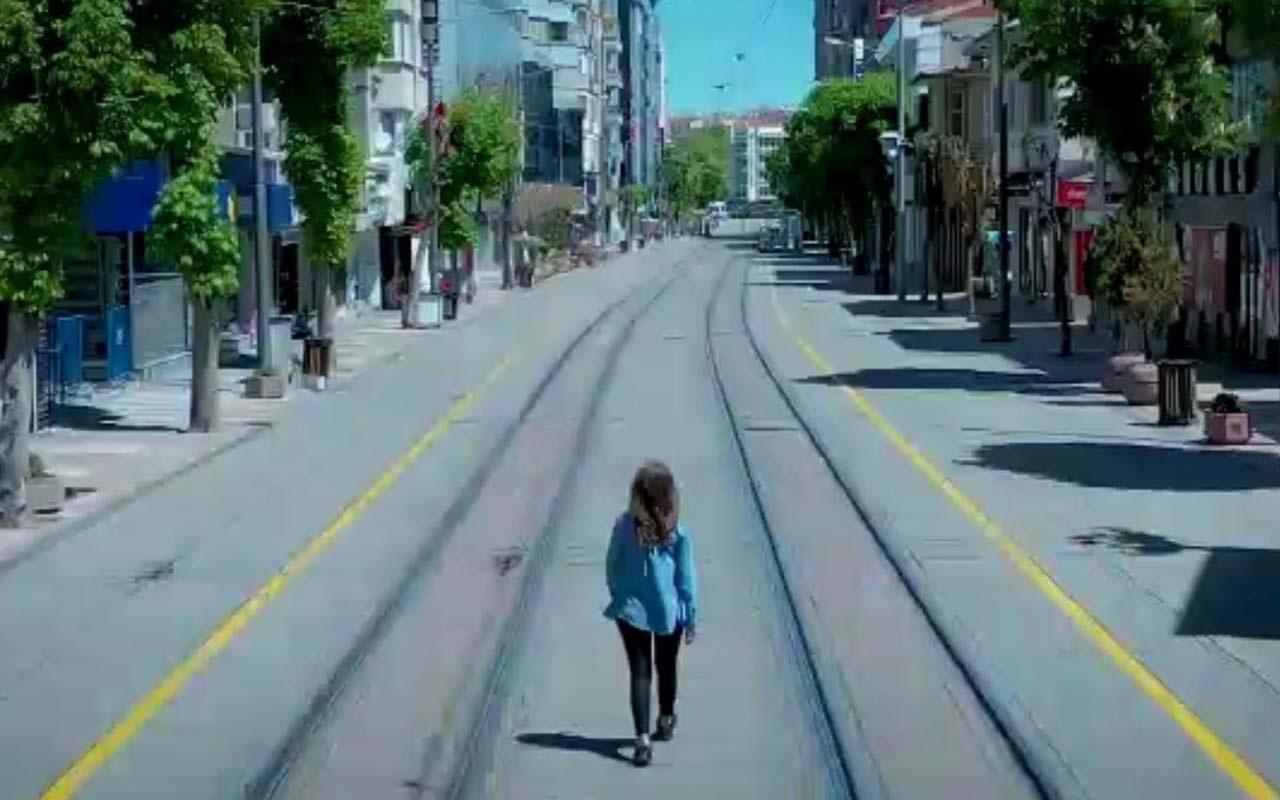 Sokağa çıkma kısıtlamasını anlatan en güzel video