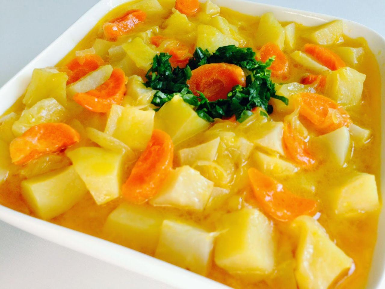 """İftara ne pişirsem diyorsanız : """"Portakallı zeytinyağlı kereviz"""""""
