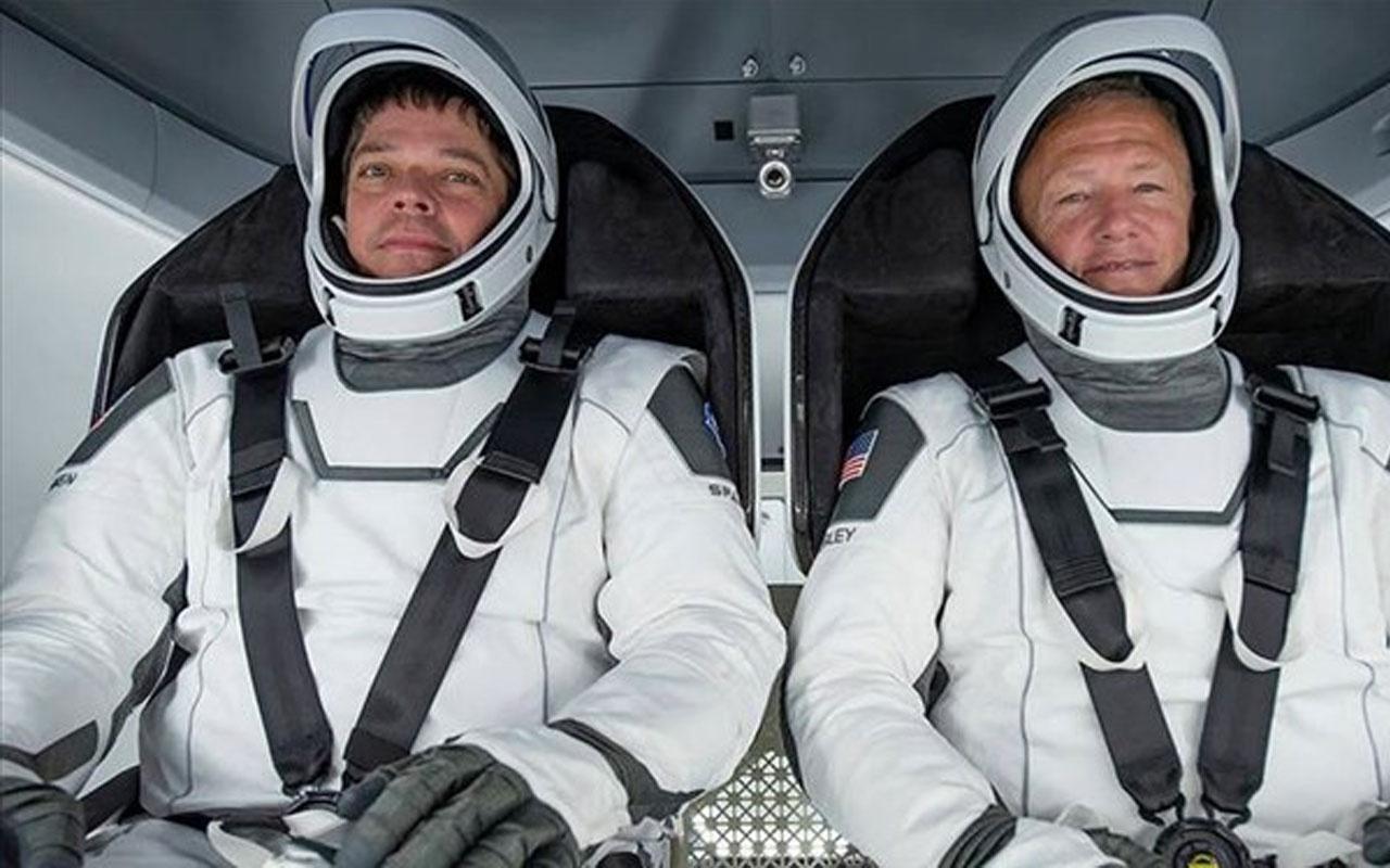 Astronotlar SpaceX'in  test seferi için karantinaya girdi