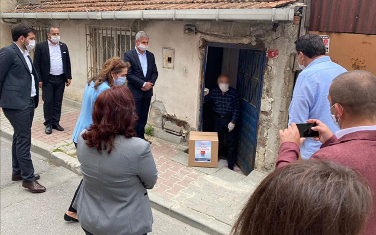 CHP'nin yardım dağıtımı resmen şova dönüştü