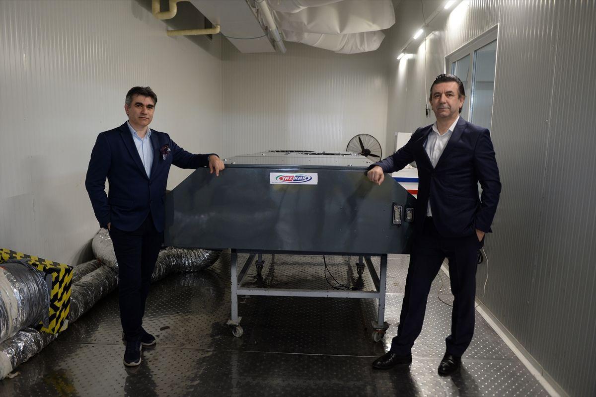 Sakarya'da iki kardeş toplu ulaşım araçlarının klimalarında koronavirüsü öldüren cihaz geliştirdi