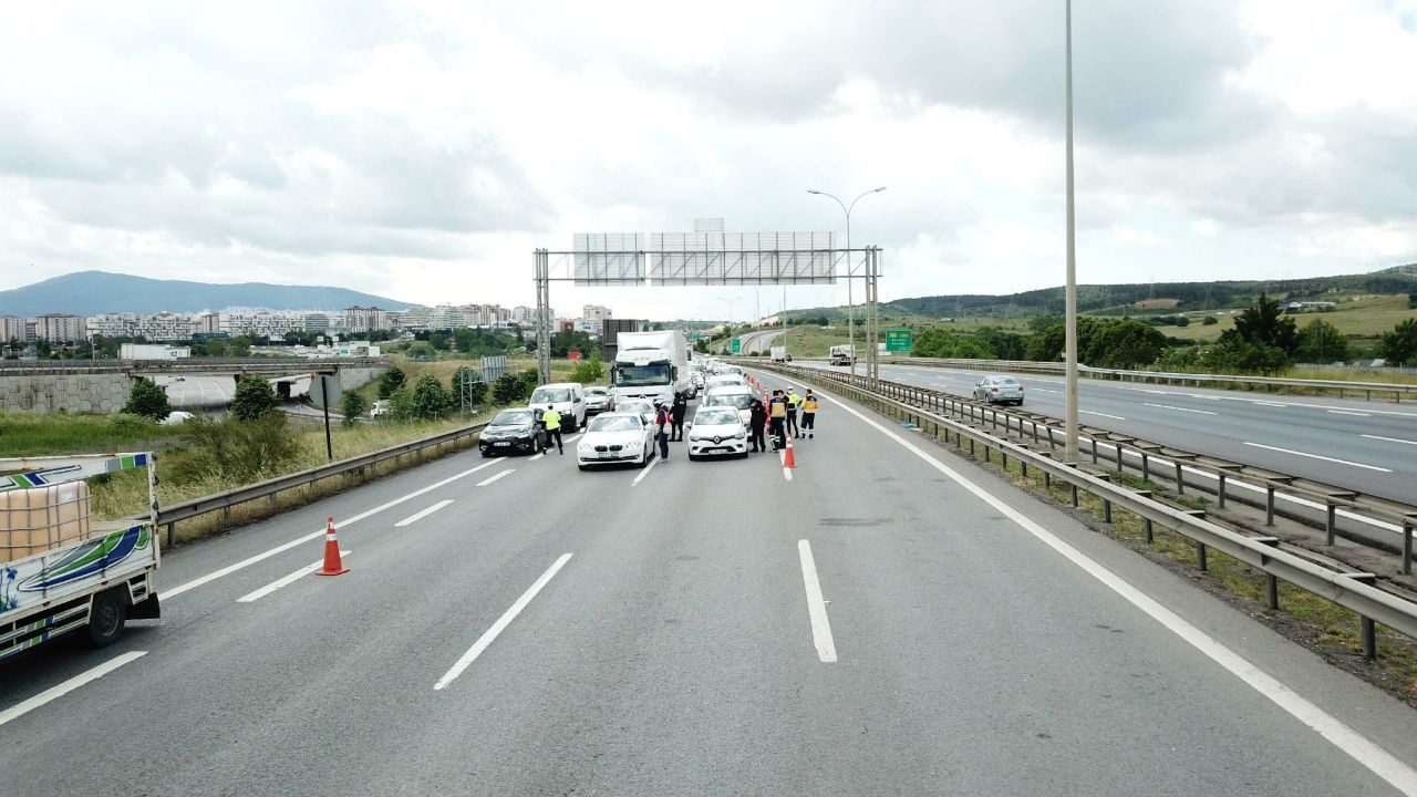 İstanbul çıkışında 65 yaş üstü trafiği