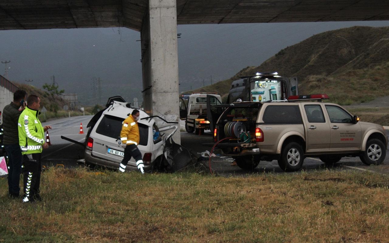 Kastamonu'da korkunç kaza: 2 ölü 1 yaralı
