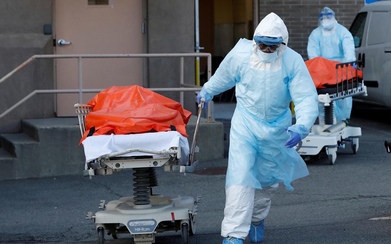 ABD'de koronavirüs ölümleri 100 bine dayandı