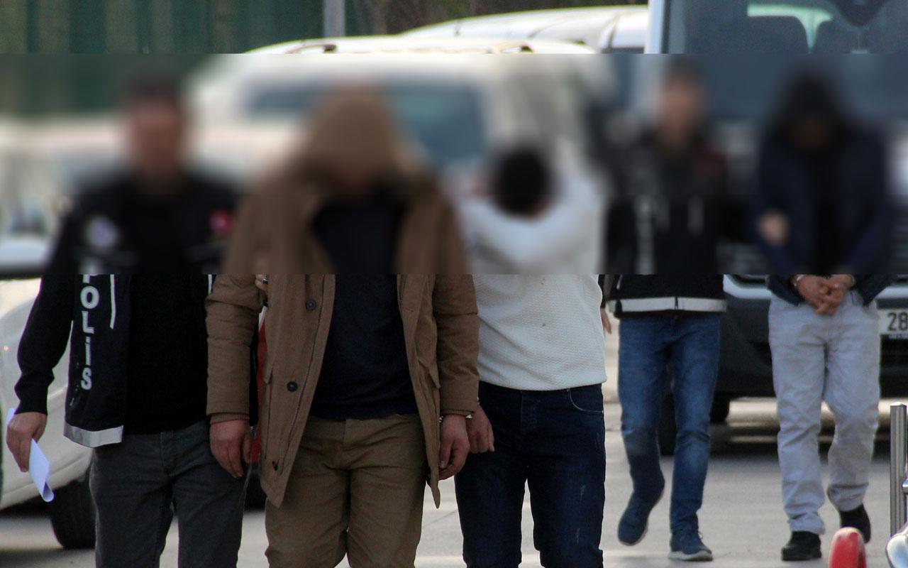 İzmir'de iğrenç olay! Genç kızı taciz edip cep telefonunu gasp ettiler