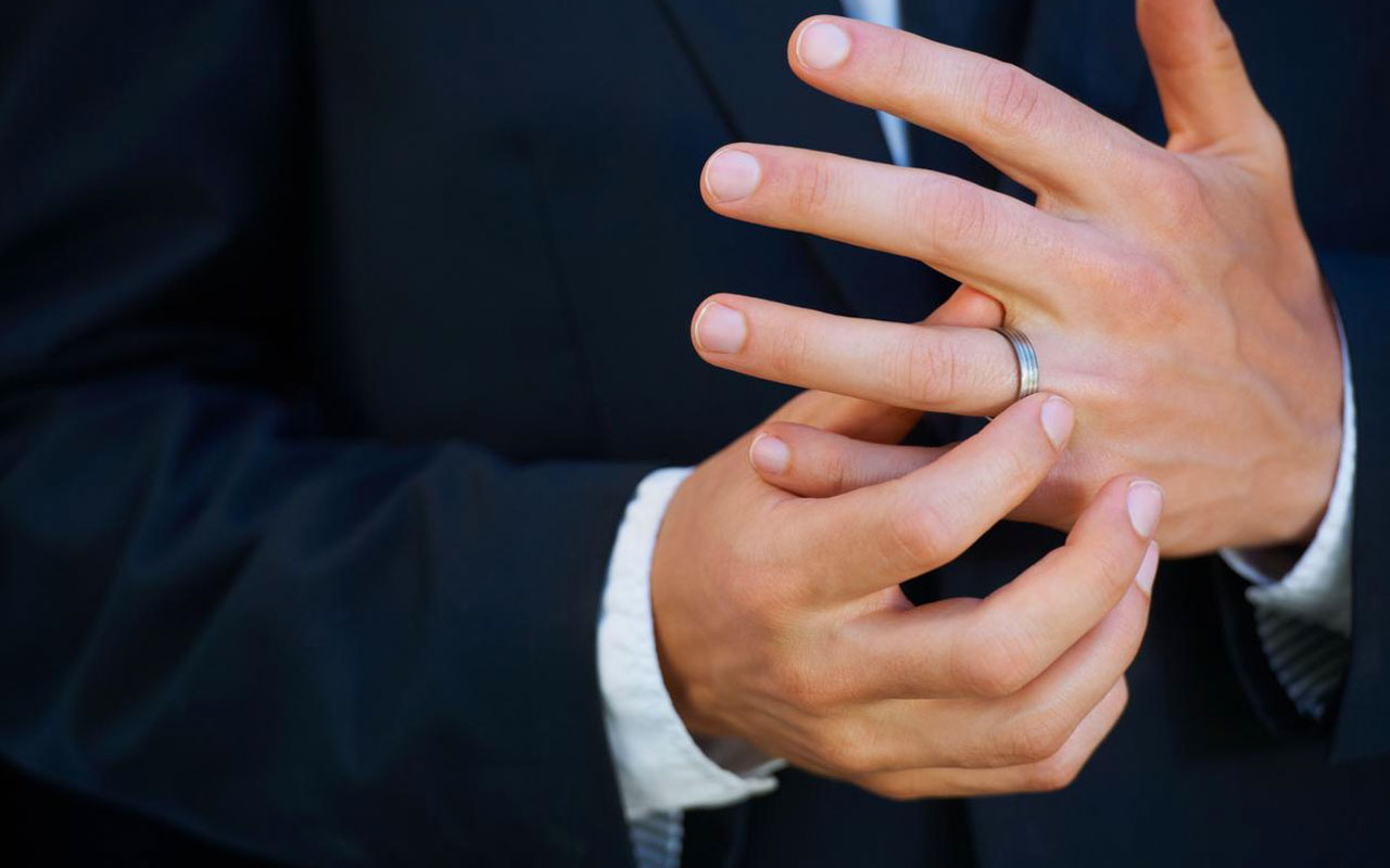 Şaşırtan koronavirüs araştırması! Yüzük parmağı uzun olan erkekler daha şanslı