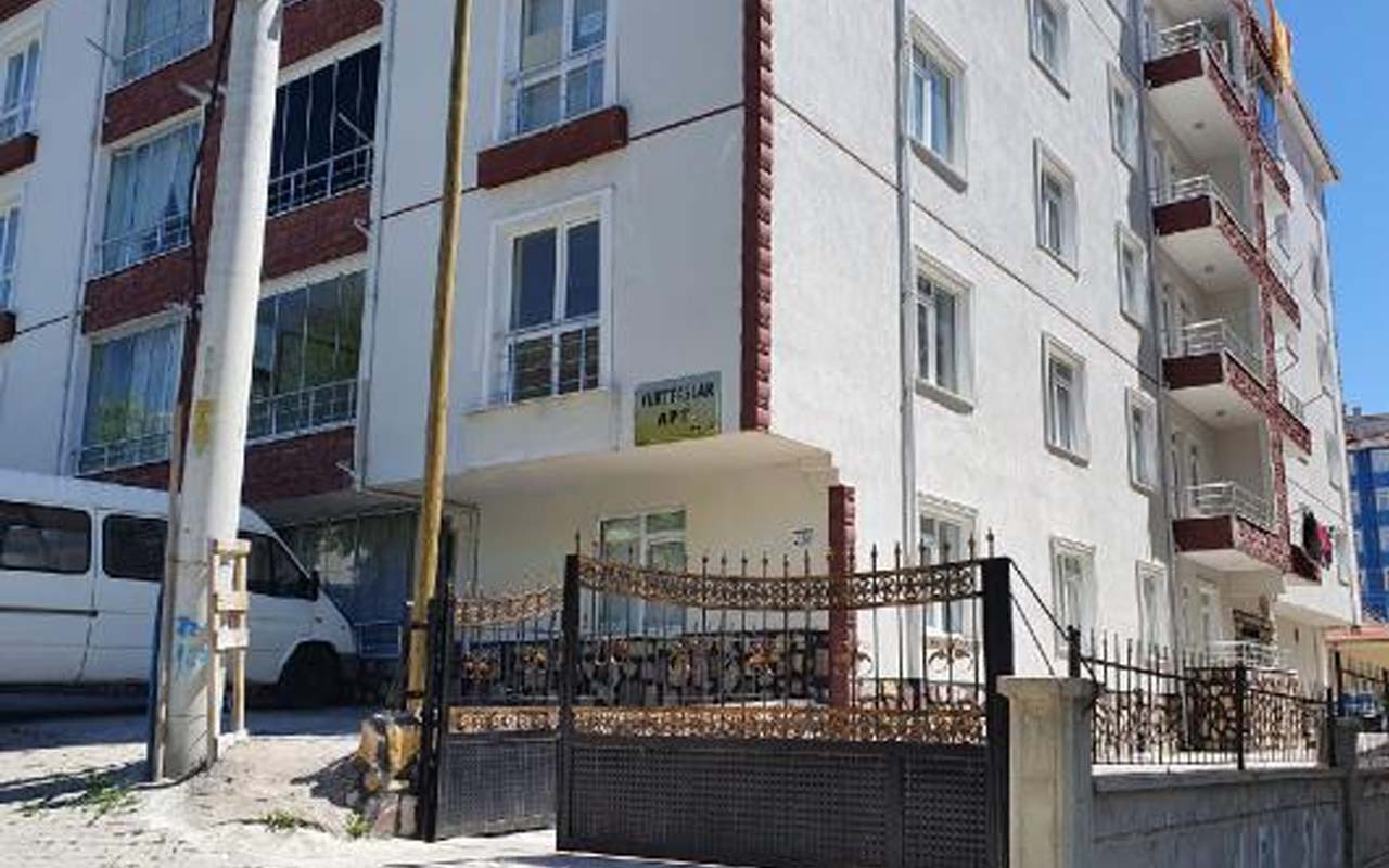 Kırşehir'de 24 ailenin yaşadığı bina karantinaya alındı