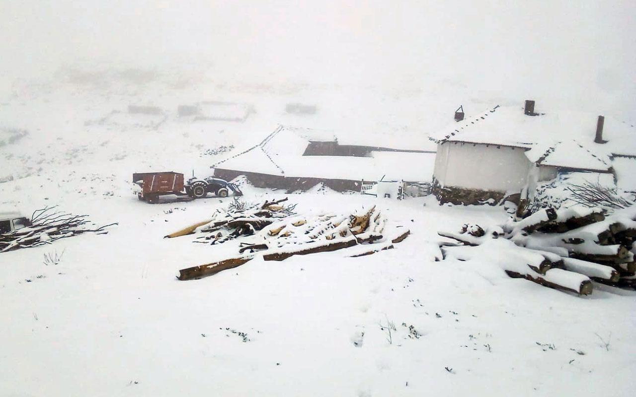 Ankara'nın yüksek kesimlerinde kar yağışı etkili oldu