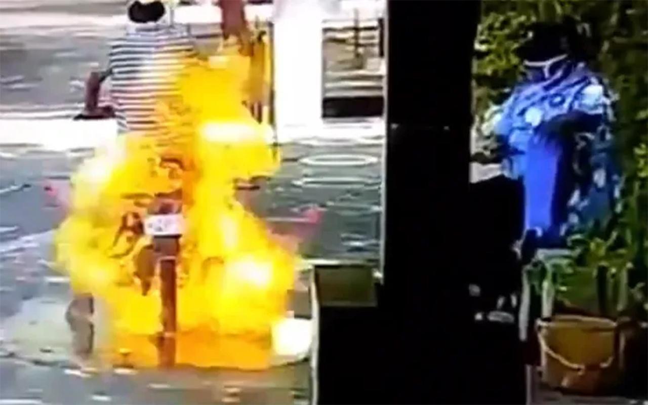 Hindistan'da motosikletli sürücü dezenfekte edilirken alev aldı