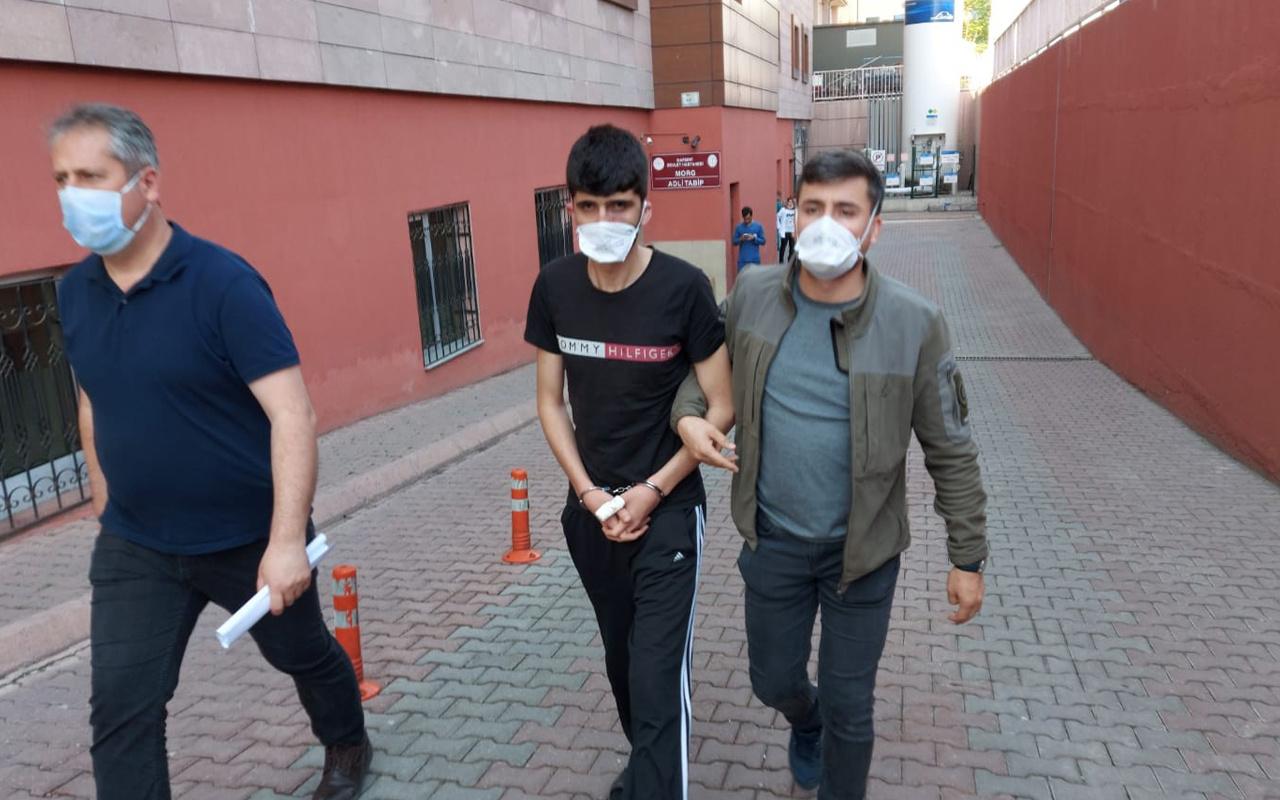 Kayseri'de iki kardeşini uykuda yakalayıp katletti