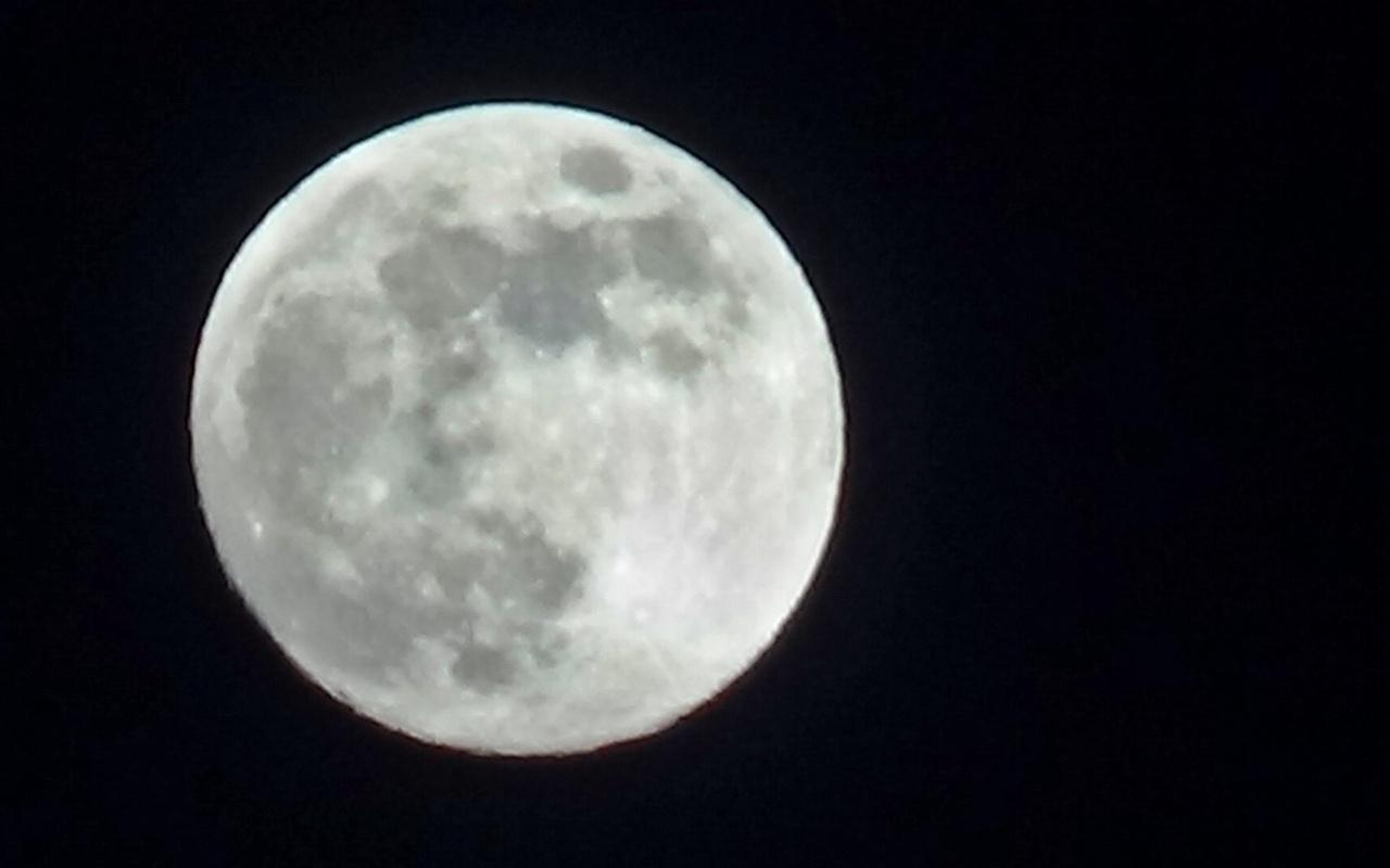 Hakkari Yüksekova'da Süper Ay görüntülendi