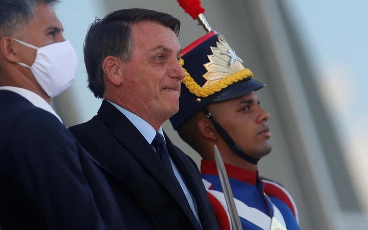 Brezilya Devlet Başkanı Bolsonaro: DSÖ'den çekilebiliriz
