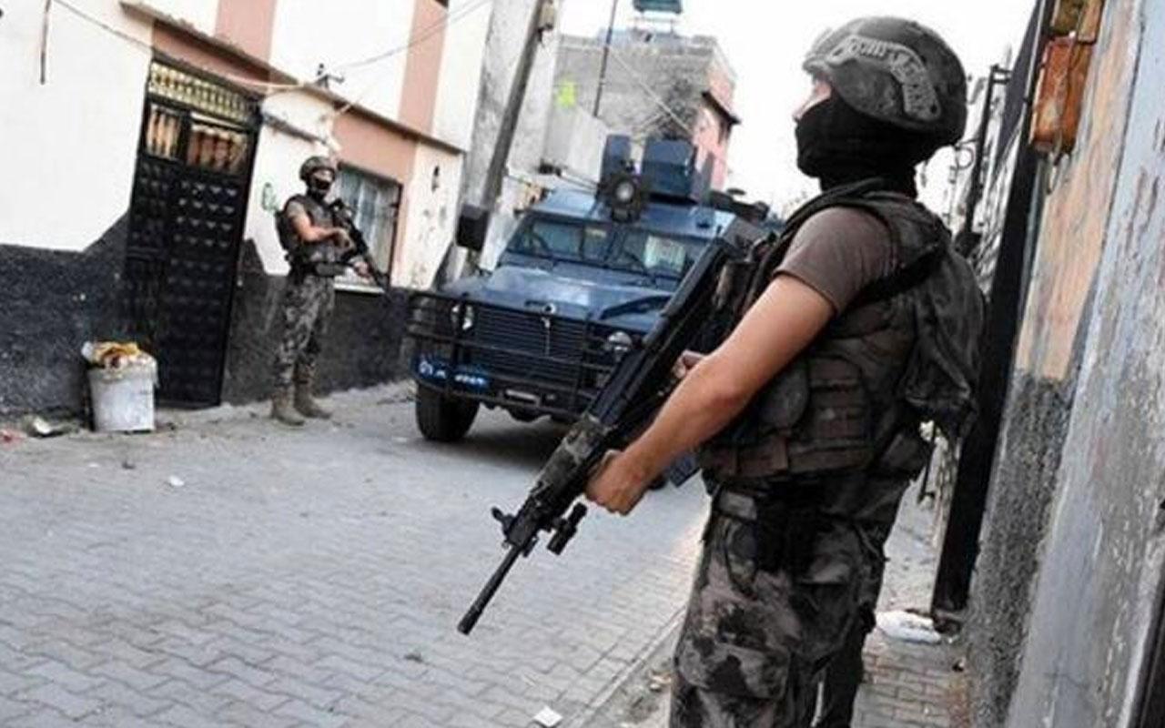 Diyarbakır'da terör operasyonu: 5 gözaltı aralarında HDP'li yöneticiler de var