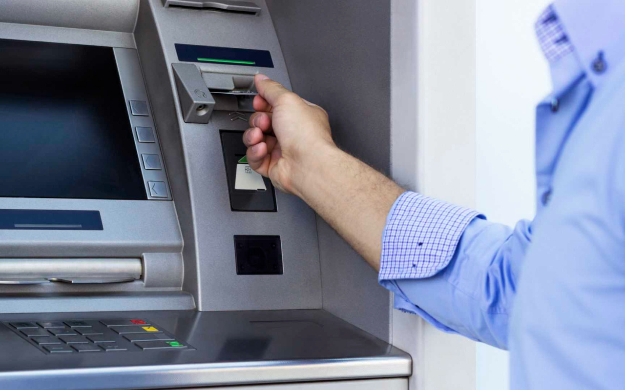 Bugün bankalar açık mı bayramda bankalar 4 gün kapalı mı?