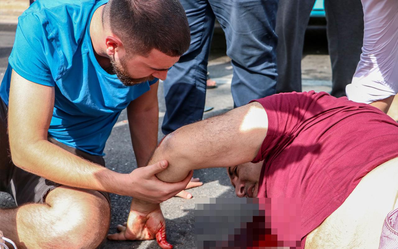 Antalya'da kazaya karışan babasının yanından bir an olsun ayrılmadı