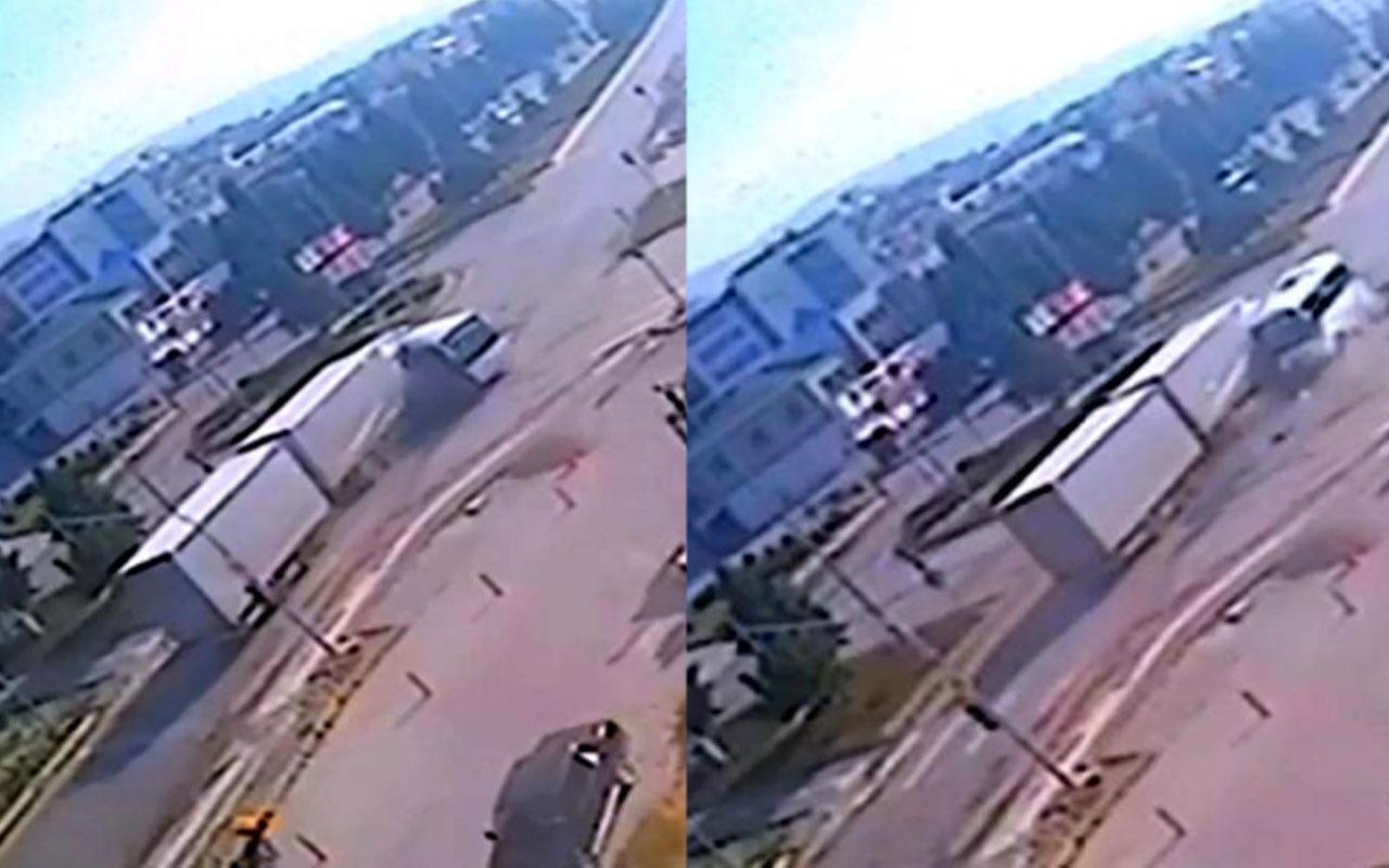 Ankara'da feci kaza! TIR, yolcu midibüsüne çarptı: 2 ölü 3 yaralı