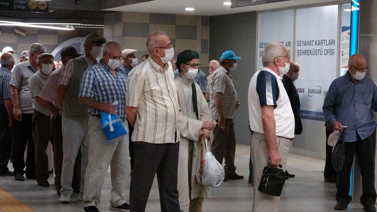 65 yaş üstü vatandaşların Bursa'da ücretsiz ulaşım çılgınlığı!