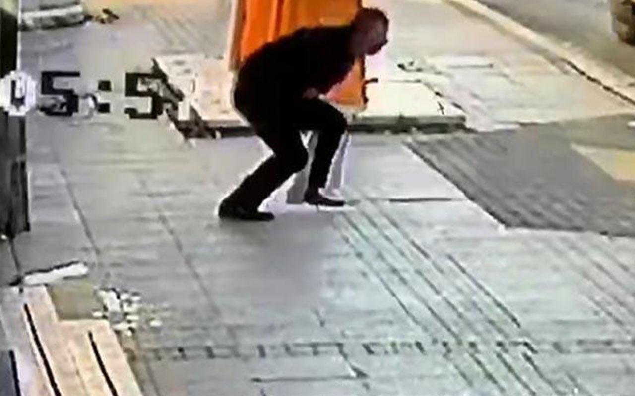 Pendik'te cadde ortasında bıçaklı dehşet kamerada