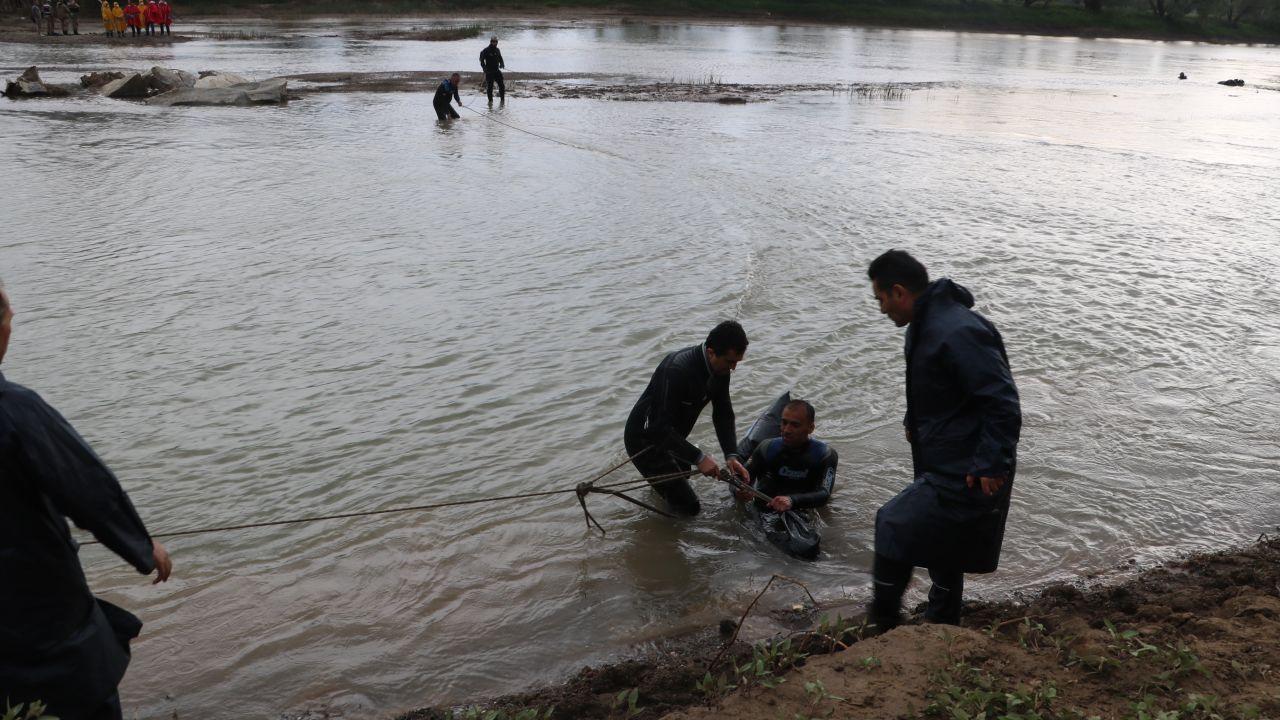 Sivas'ta Kızılırmak'tan cesetler çıktı! 4 kişiyi aldı 3 kişiyi verdi