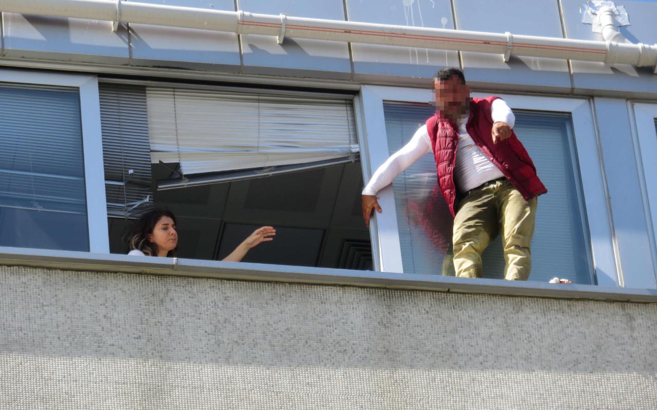 İstanbul Kadıköy Belediyesi binasında intihar girişimi