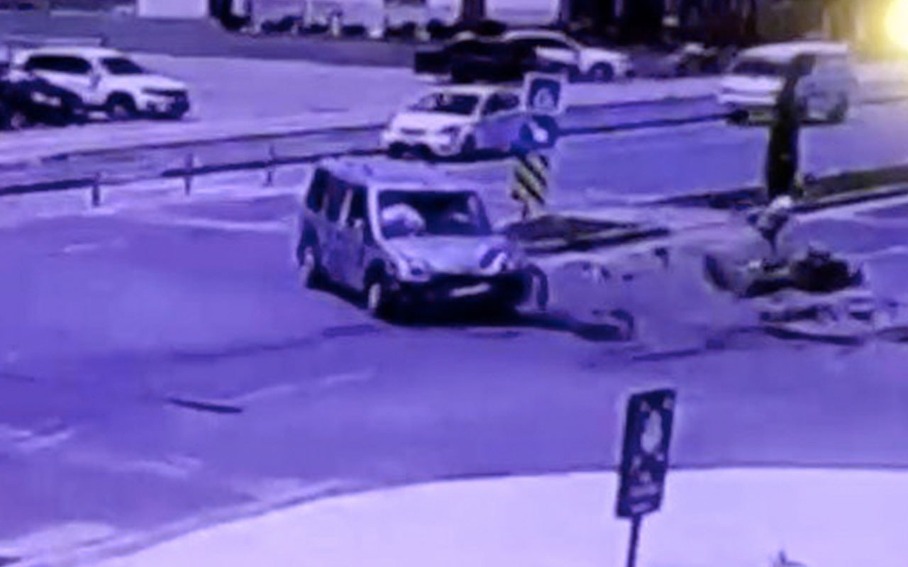 Ticari araca çarpan motosiklet sürücüsü ağır yaralandı