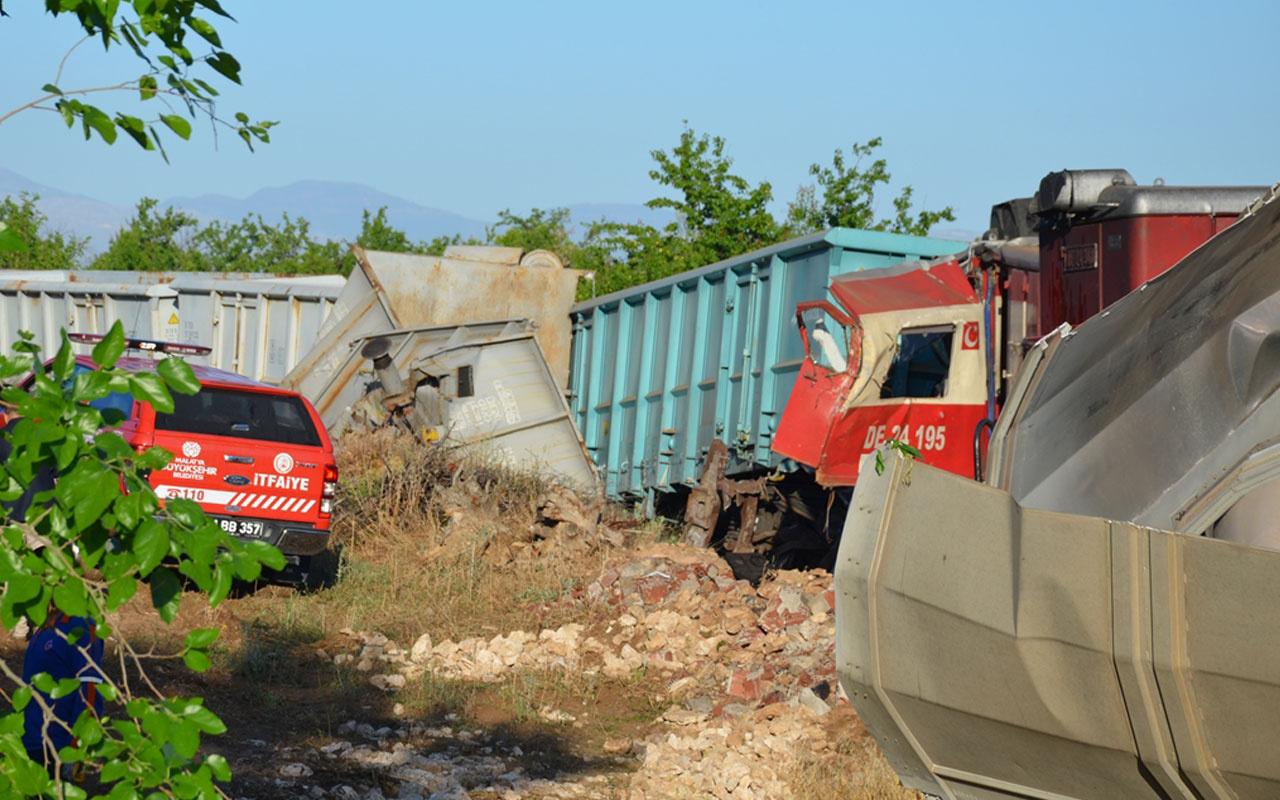 Malatya'da iki yük treni çarpıştı ölü ve yaralılar var