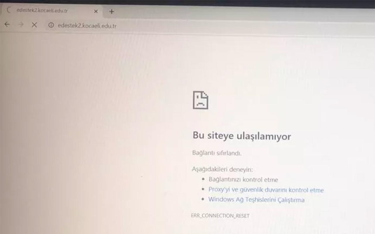 Kocaeli Üniversitesi'ndeki sınavda erişim kesildi! Öğrenciler isyan başlattı