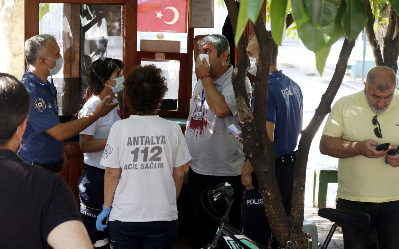 Antalya'da madde bağımlısı camiye girmeye çalıştı! Güvenlik görevlisini yaraladı