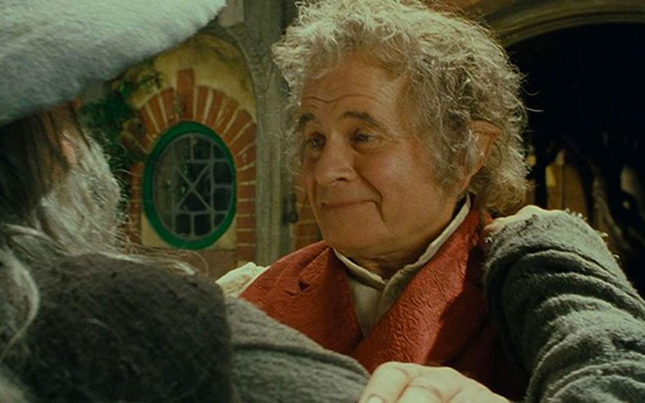 'Yüzüklerin Efendisi' filminde Bilbo Baggins'i canlandıran İngiliz aktör Sir Ian Holm öldü