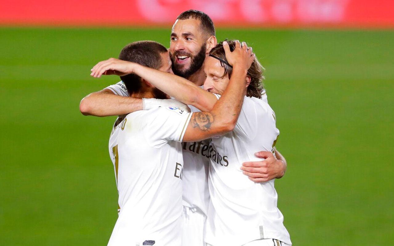 Benzema Real Madrid'e hayat verdi