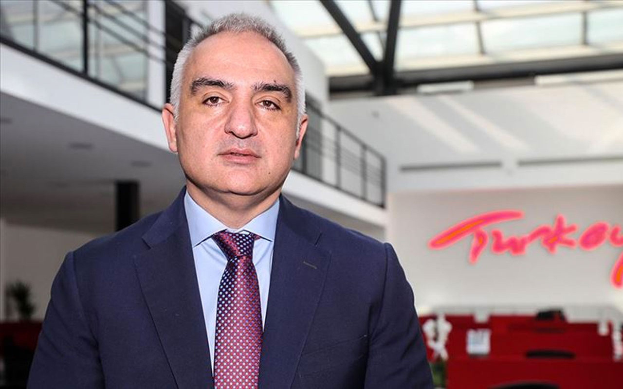 Bakan Ersoy açıkladı: Tiyatro ve sinema salonları için de sertifikasyon geliyor