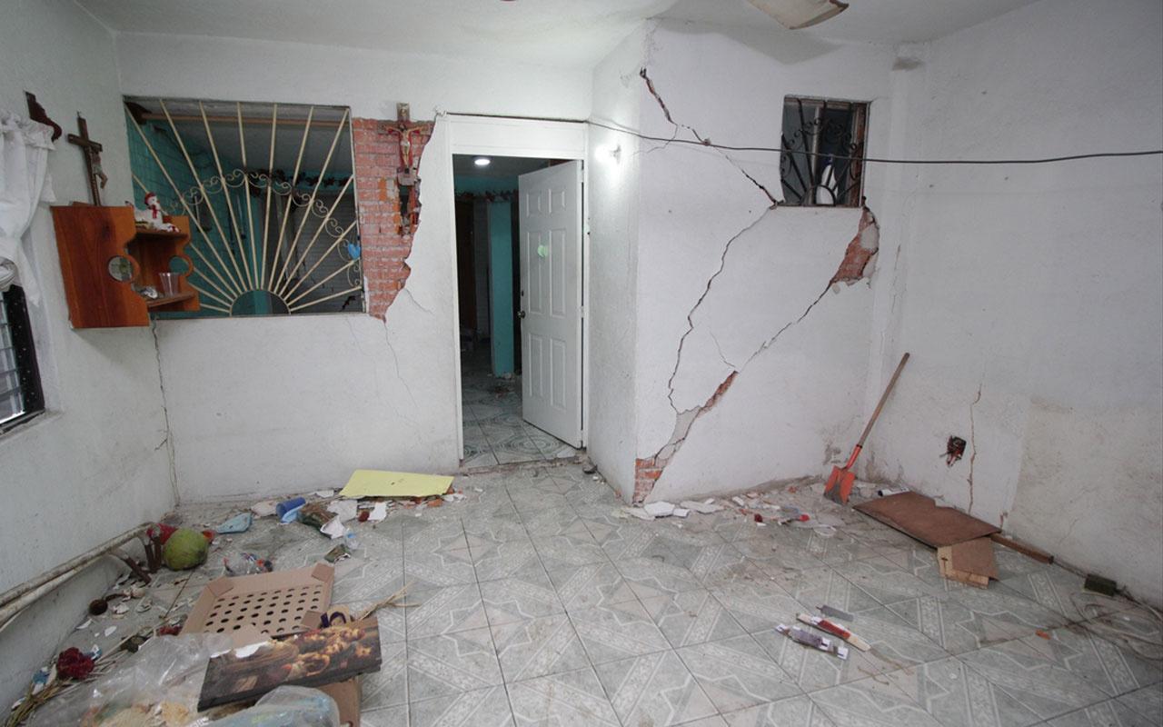 Meksika'da 7,5 büyüklüğünde deprem 140 artçı sarsıntı oldu