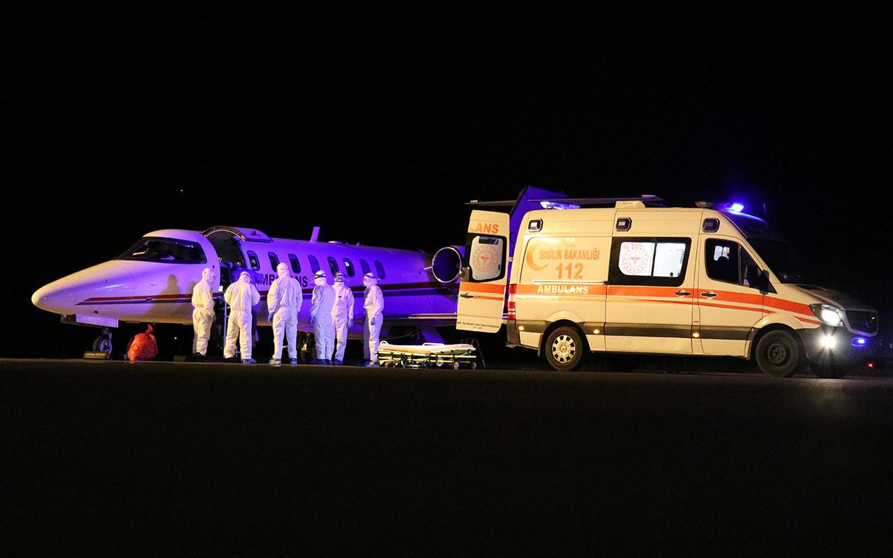 Kovid-19 hastası Türk vatandaşları ambulans uçakla Rusya'dan yurda getirildi