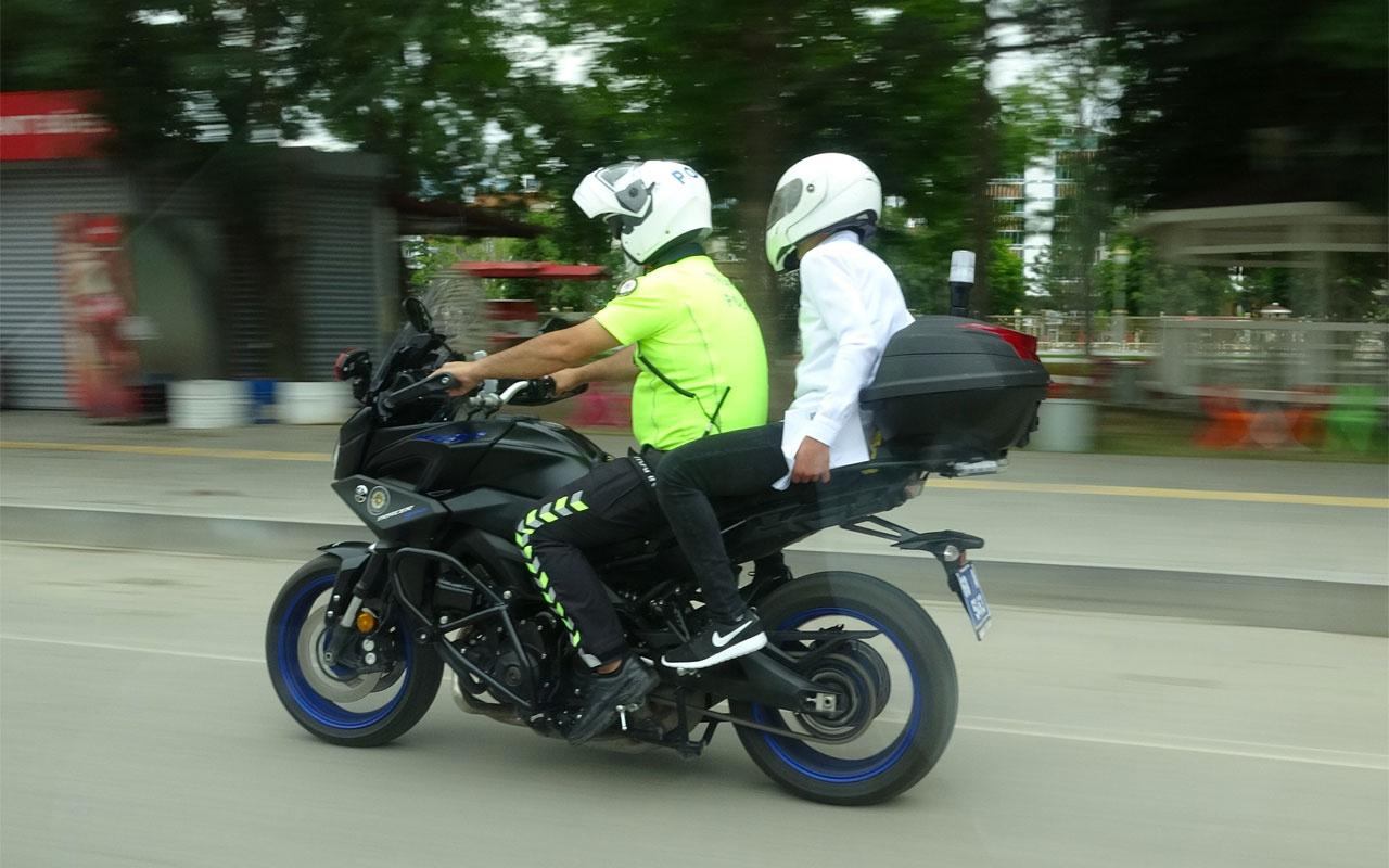 Tokat'ta sınava geç kalan öğrencileri motorize ekipler yetiştirdi