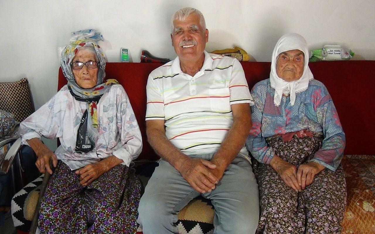 Antalya'da yıllara meydan okuyan kız kardeşler birlikte yaşam sürüyor
