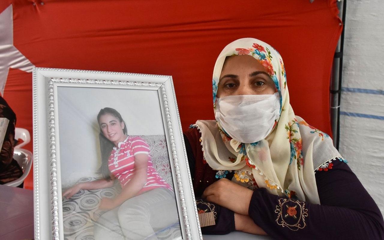 Diyarbakır HDP binası önündeki evlat nöbetine bir anne daha katıldı