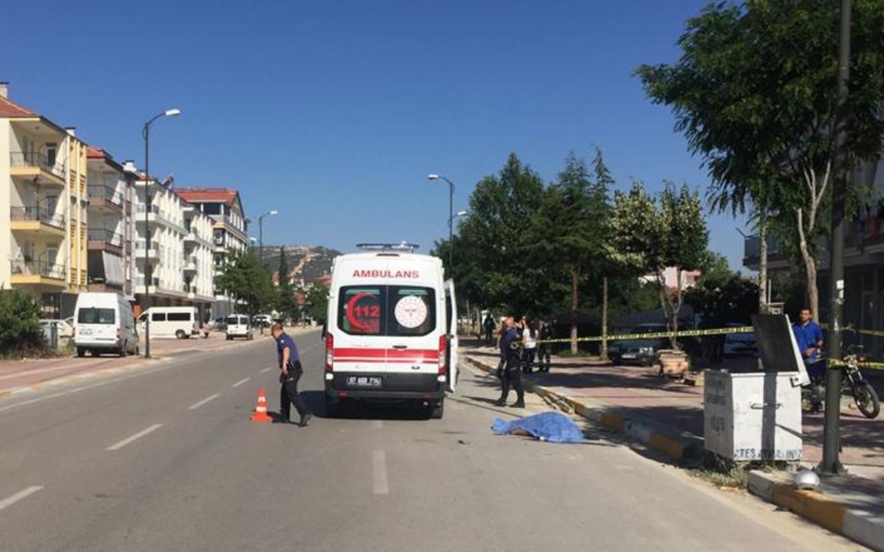 Antalya'da ölüm motosiklet üzerinde geldi