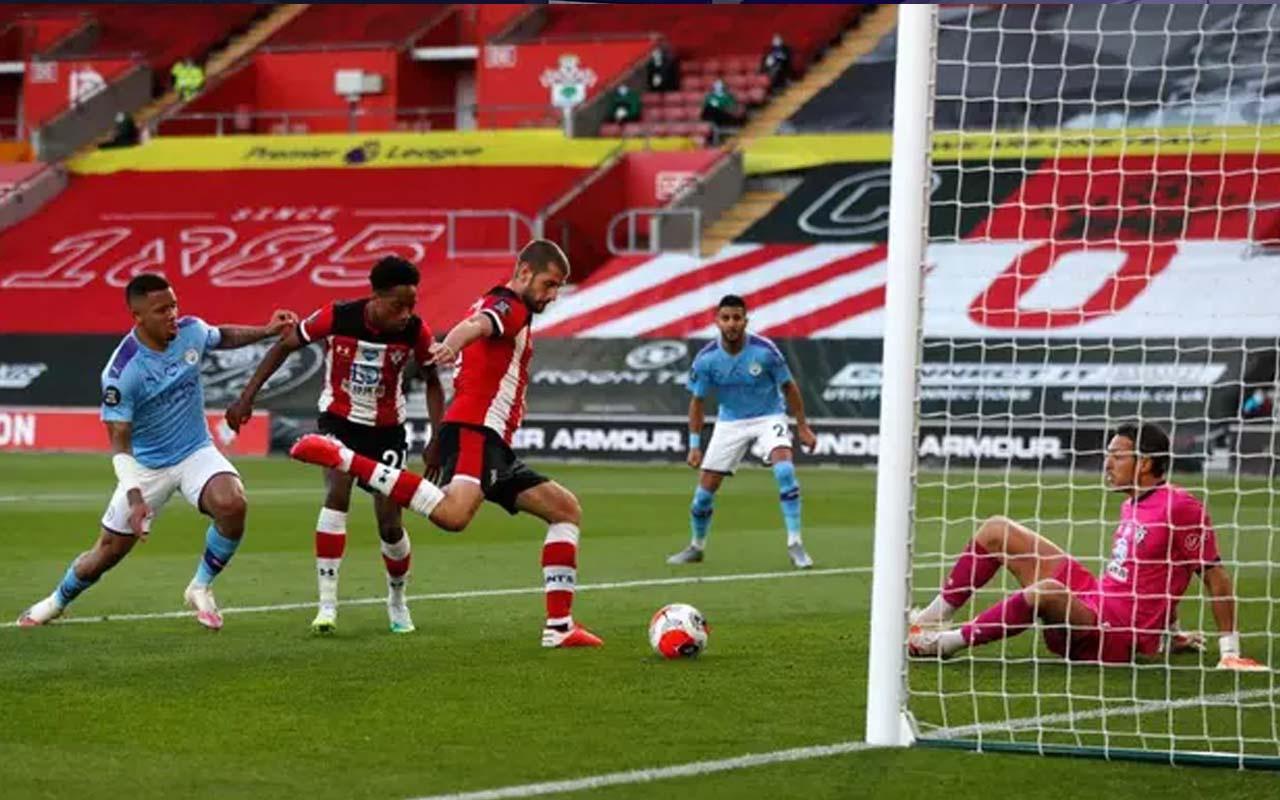 Manchester City Southampton deplasmanında taraftarına sürprizi yaşattı