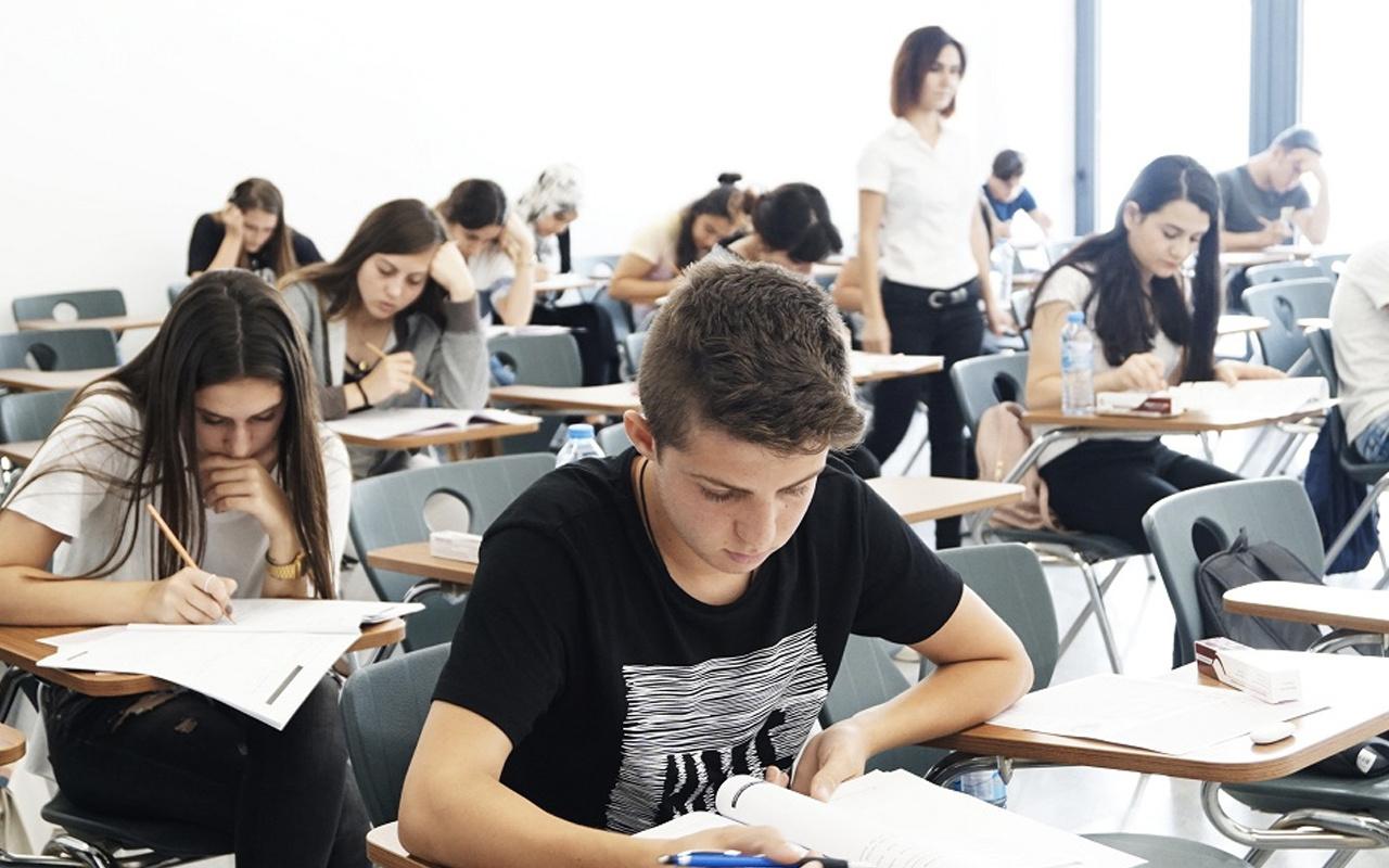 AÖL 1. dönem sınavları ne zaman yapılacak MEB yeni tarihi duyurdu mu?