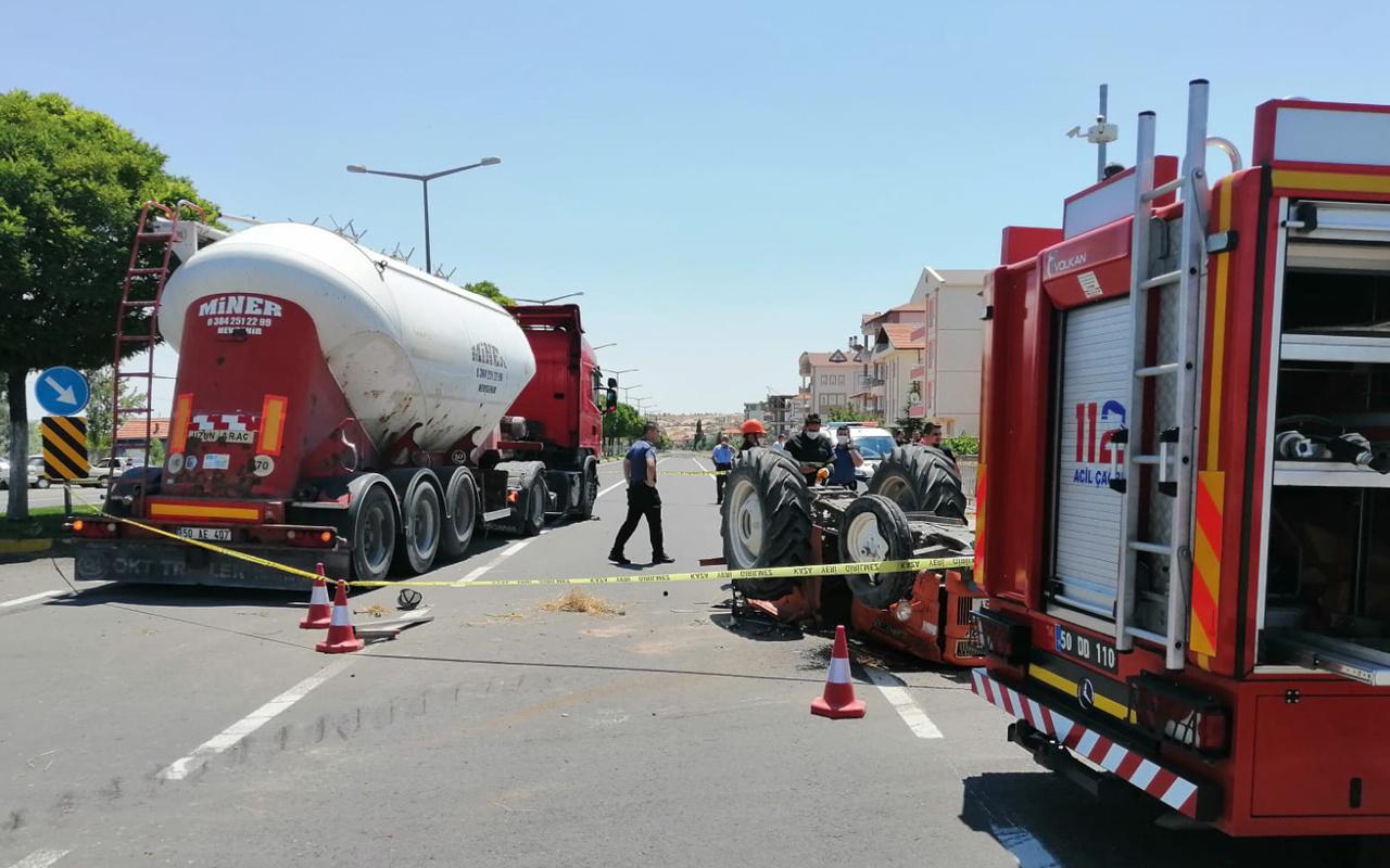 Nevşehir'de traktörüyle ters yöne giren adam feci şekilde can verdi