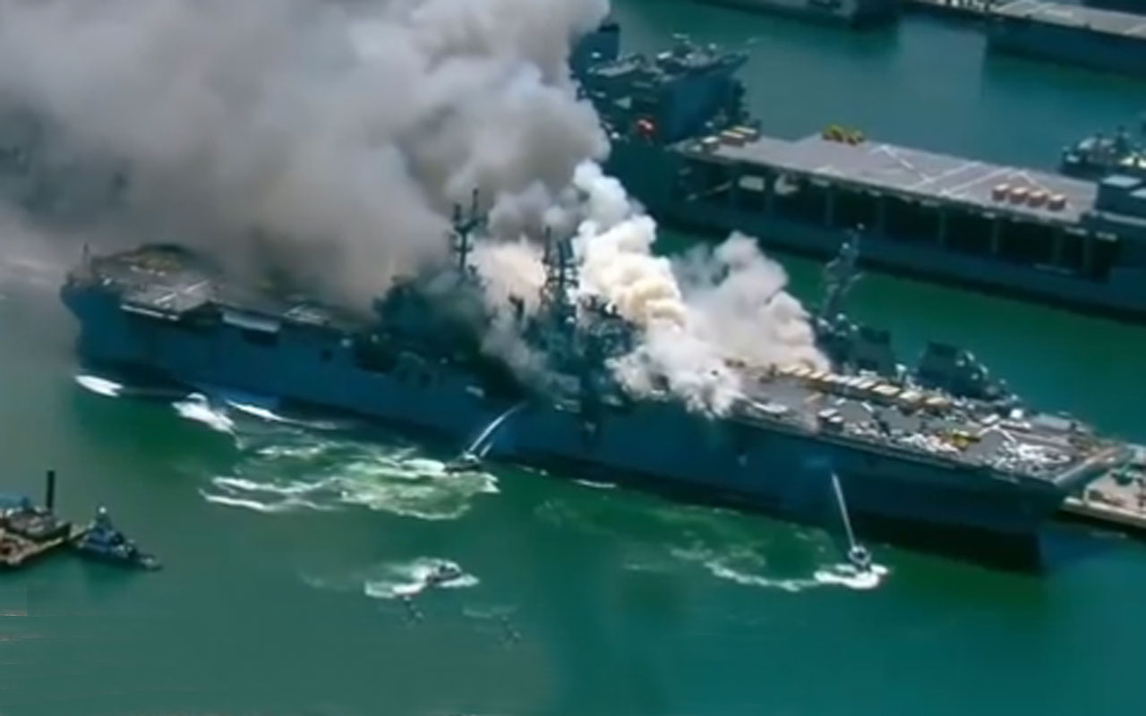 ABD savaş gemisi alev alev yandı çok sayıda yaralı var