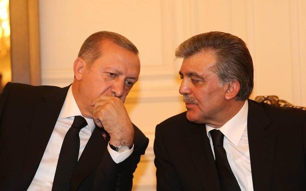 Cumhurbaşkanı Erdoğan ile Abdullah Gül arasında sürpriz görüşme! Tebrik ve davet